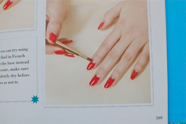 style_me_vintage_40s_manicure