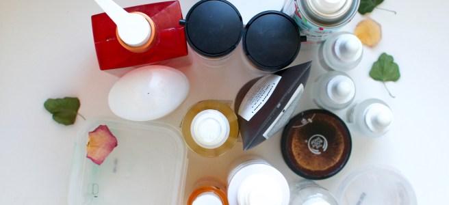 Loppuneet kosmetiikkatuotteet kooste