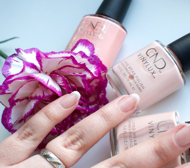 cnd_vinylux_french_manicure.jpg