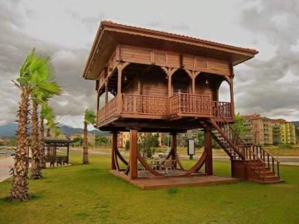 foisor-din-lemn