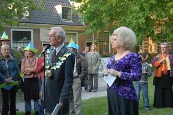 De burgemeester en koningin van de Vijfhoek