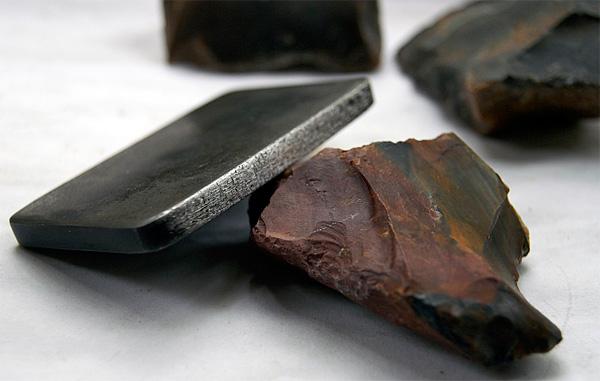 Кафедралардың арнайы жиналған үйлері металл бұйымдарына қарағанда әлдеқайда тиімді.