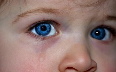 Не мешайте детям плакать!
