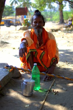 The Signal Sadhu : He doesn't talk, only signals (Gestures)