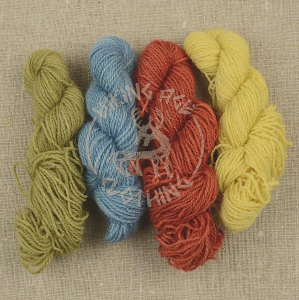 Plant-dyed Möbelåtta wool yarn