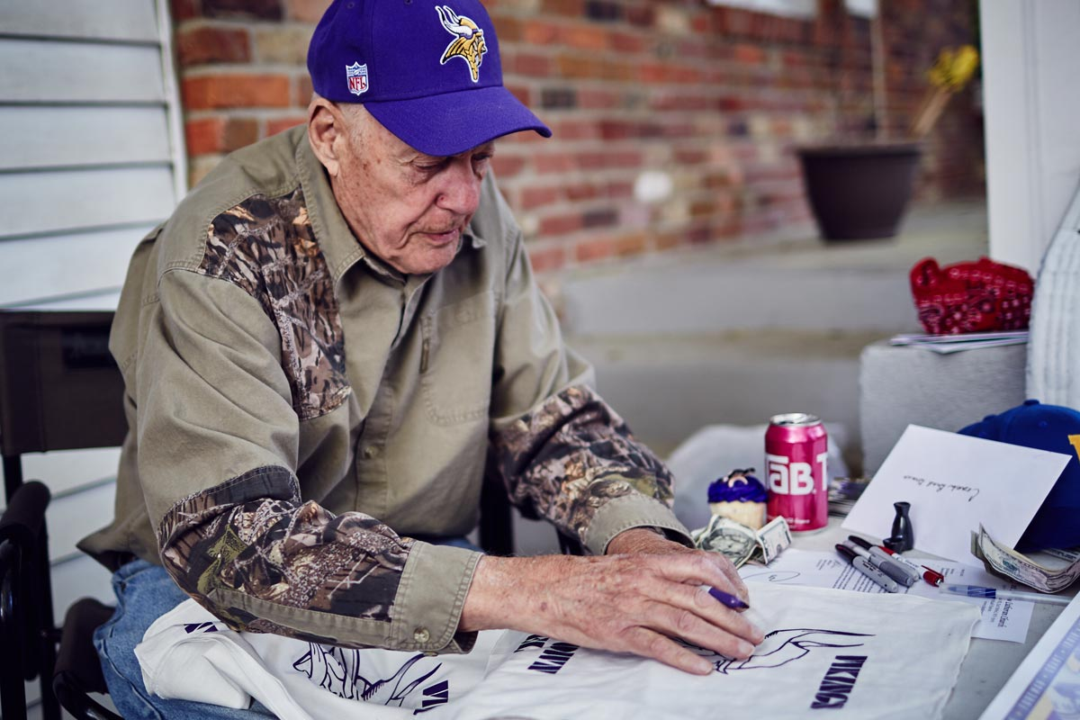 Bud Grant Interview Autographs