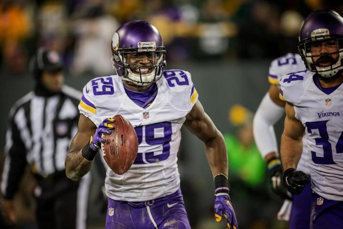 Vikings Keep Rhodes, Floyd through 2017