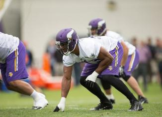 Will Hunter Outmuscle Robison?