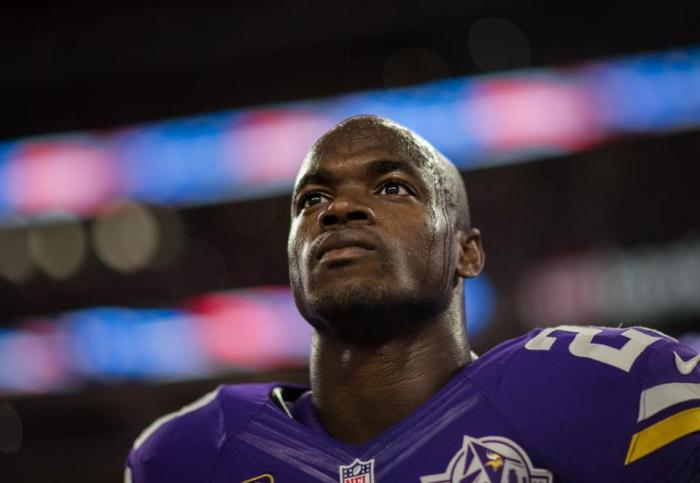 Adrian Peterson to undergo surgery