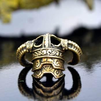 Фото бусина для темляка шлем викинга