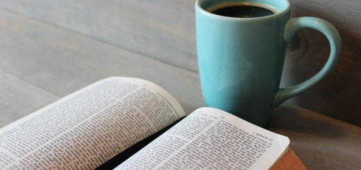 Tipps zum Aufbau der Gewohnheit regelmäßig die Bibel zu lesen