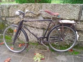 Bicicleta pasteleira, transporte comum para os antigos samarreiro