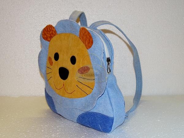 ддетский рюкзак лев