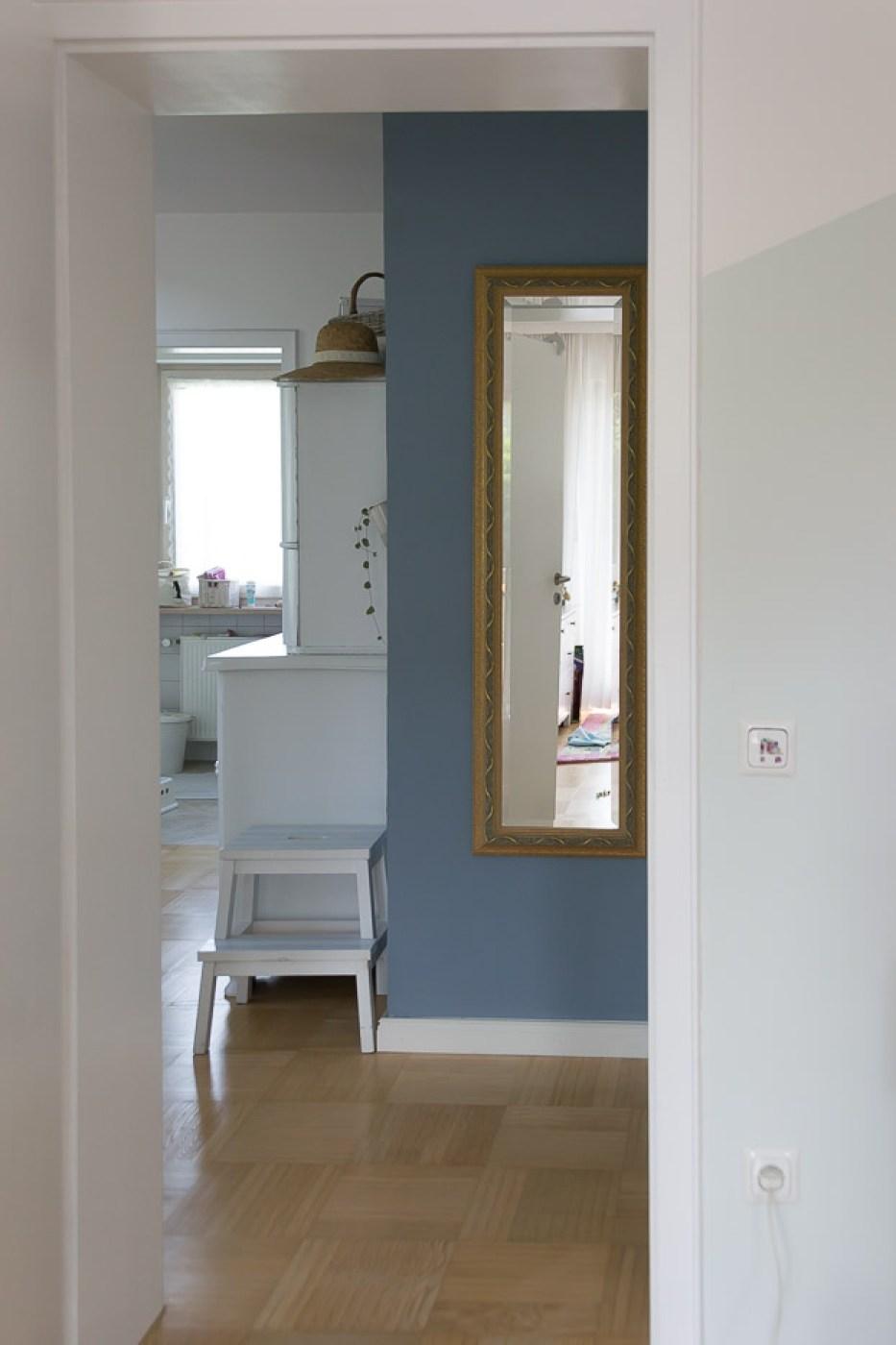 ein flur macht blau | villa josefina