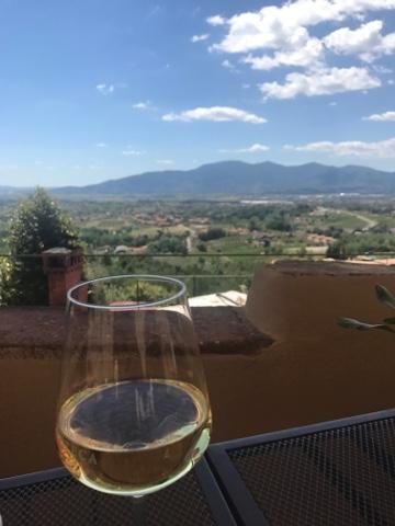 Wine in Montecarlo