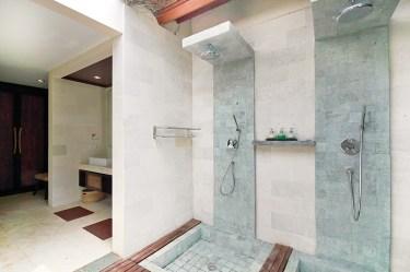 Saraswati showers