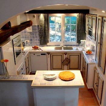 Exquisite Provencal Kitchen