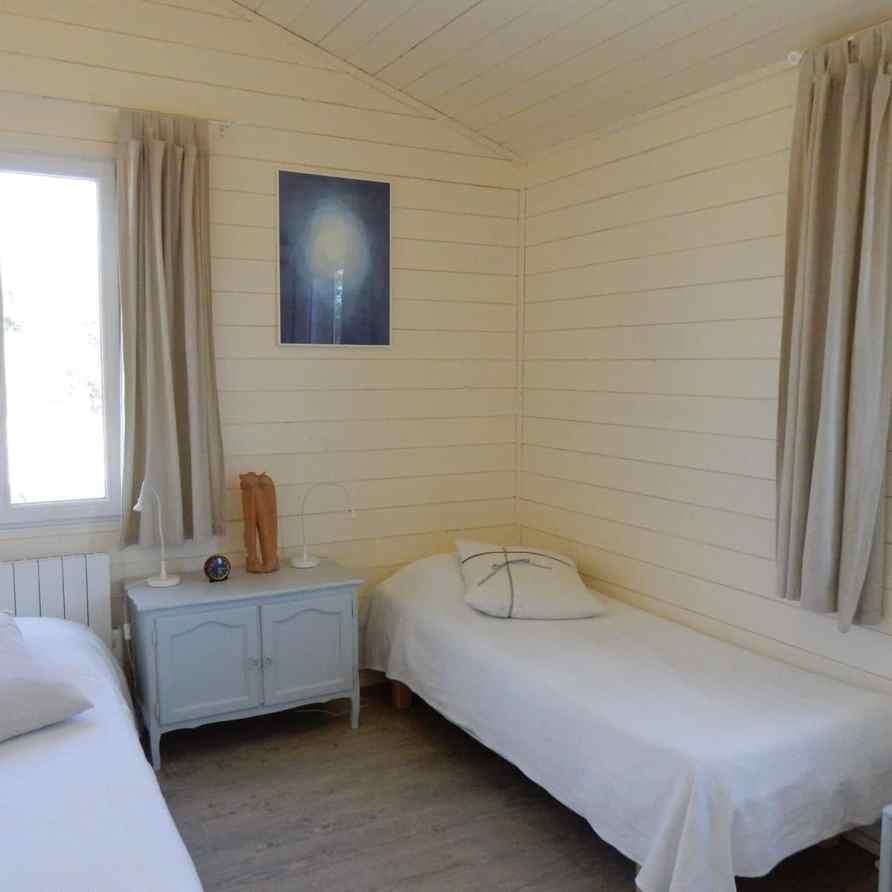 Window treatment - Bedroom