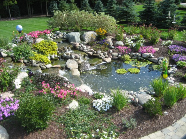 Backyard_Pond_Waterfall_Landscaping1