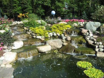 Backyard_Pond_Waterfall_Landscaping2