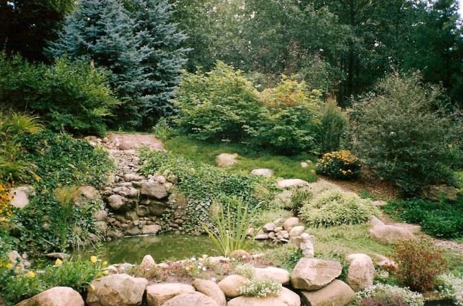 Village_Landscape_Pond_Water_Feature1