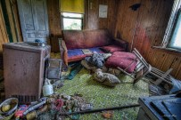 Sinking farm house-12