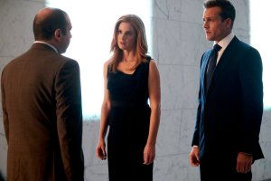 Suits, Episode 9,
