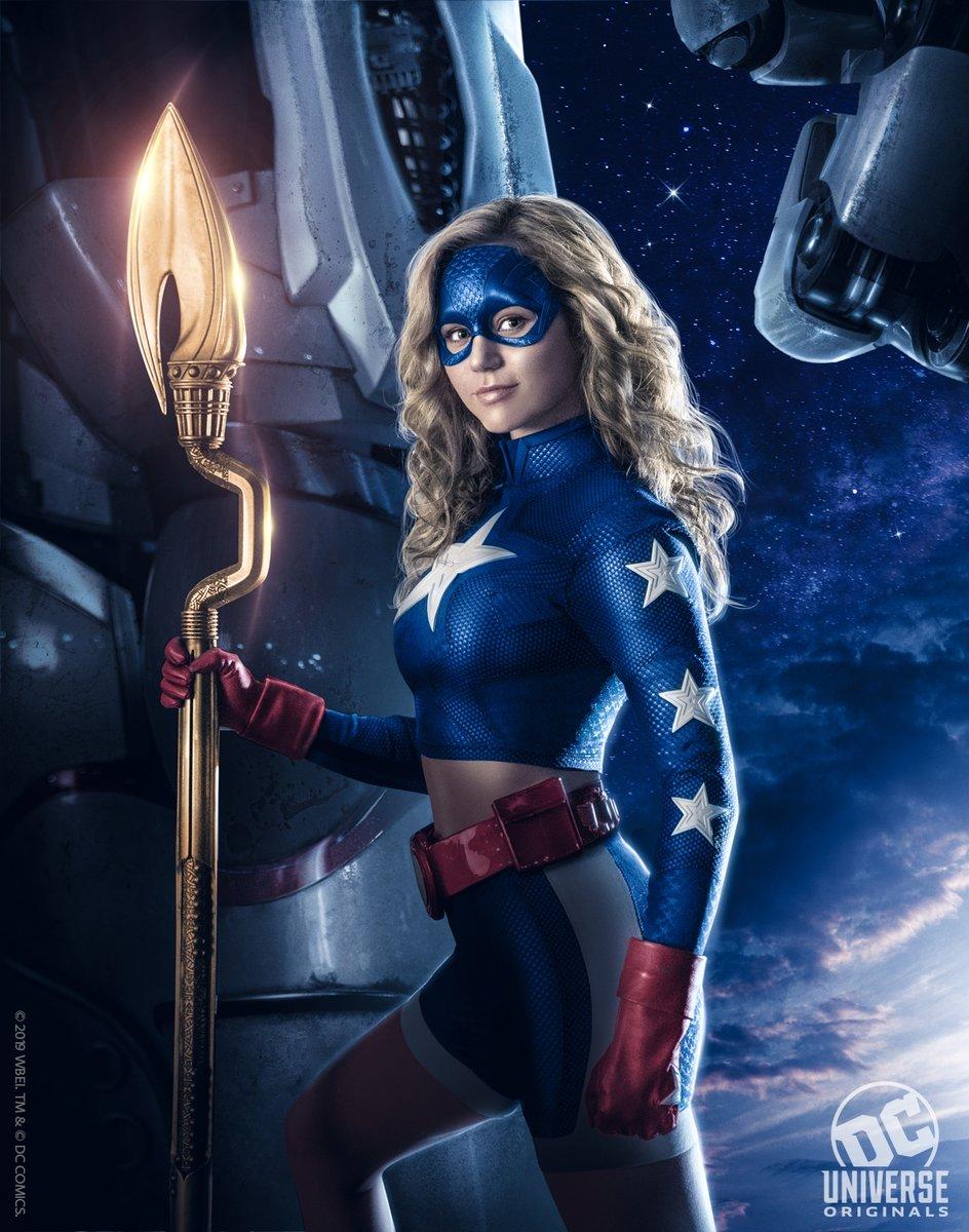 Stargirl First Look, DC Universe