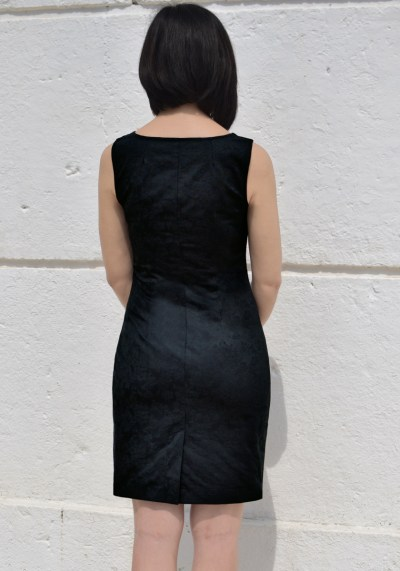 BLACK SWEETHEART NECKLINE BODYCON DRESS