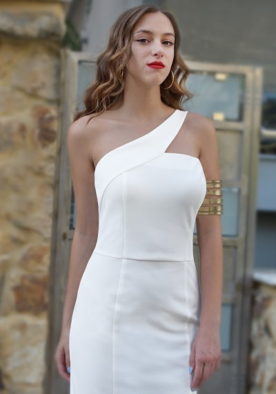 ONE SHOULDER WHITE DRESS
