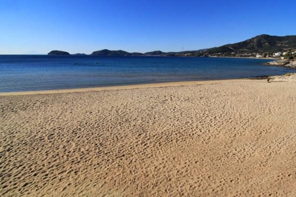Пляж Гластрес с плавным входом и спокойным чистым морем, вилла Feel the Sea