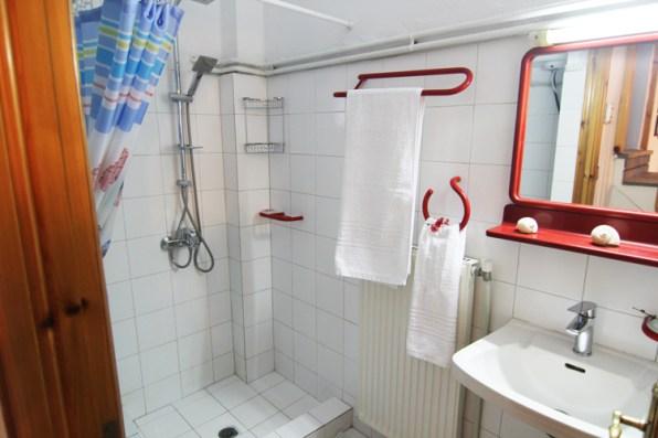 Μπάνιο στον 1ο όροφο, Βίλα Ριλάξ, Θάσος