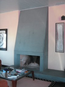 chimenea-de-granito-negro-de-villar-del-rey