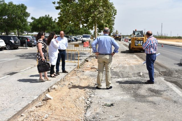 alcalde visita obras parking hospital 5