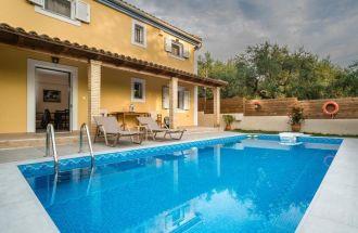 Kardaris, Villa Tragaki, Zante, Greece, private pool, sunbeds