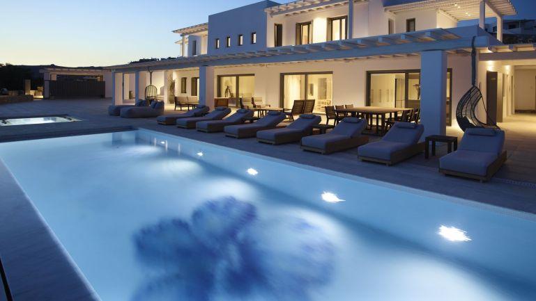 blue-emerald-pool
