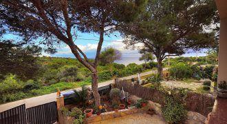 Chalet en venta con vistas al mar en Cala s'Almunia