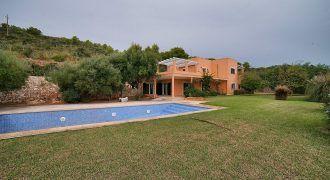 Casa de campo en venta con preciosas vistas al mar en s'Horta