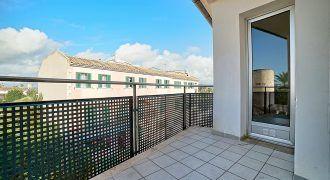 Amplio piso en venta con balcón en Santanyí