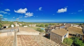 Town house for sale with sea views in s'Alqueria Blanca