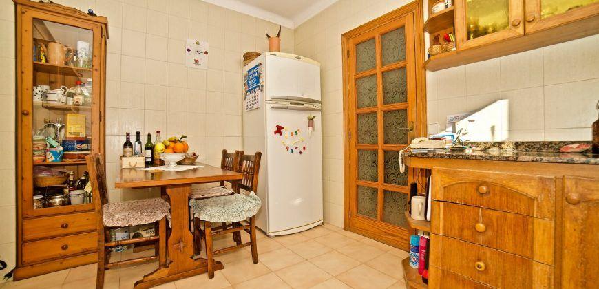 Chalet en venta en Santa Ponsa con una excelente ubicación