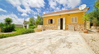 Villa for sale next to Cala Santanyí