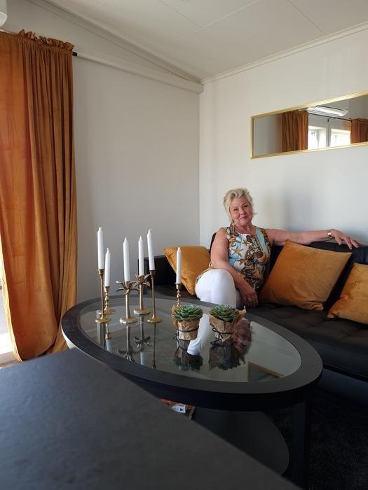 Annicka i Vita Husets soffa
