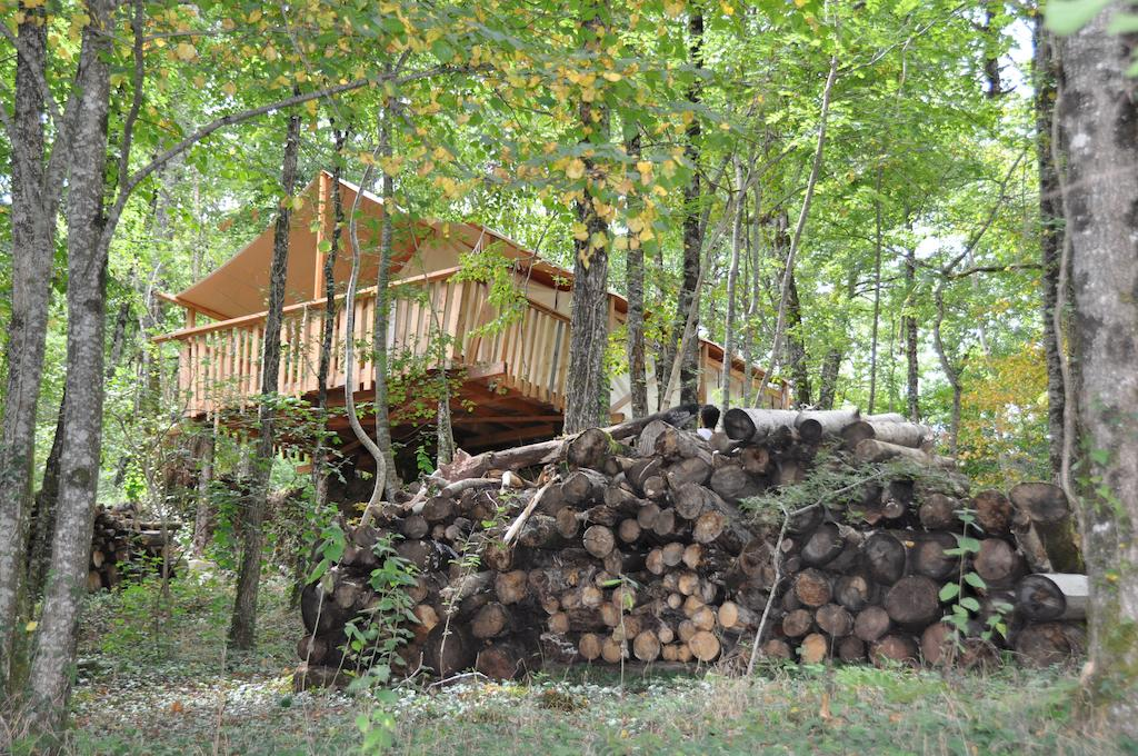 Glamping « Terre Rouge »