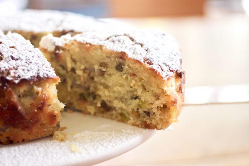 lemon pistachio semolina cake
