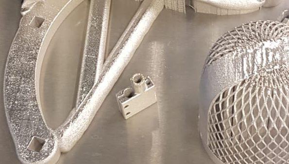 Älykkäät päät yhteen: Metallin 3D-tulostusta tutkitaan innolla