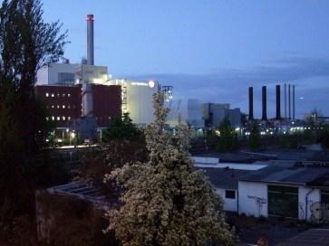 Kraftwerk Moabit an einem Frühlingsabend