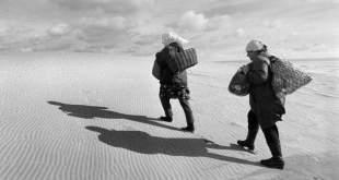"""Vytauto Daraškevičiaus fotografijų paroda """"Tarp vandenynų ir smėlynų"""""""