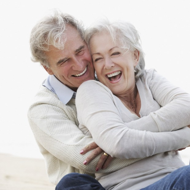 No Hidden Fees Seniors Online Dating Services