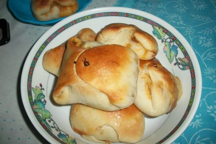Stuffed Egg Buns recipe, easy buns recipe, masala egg stuffed buns recipe